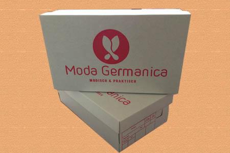 обувная коробка с логотипом Moda Germanica