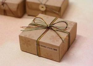 креативная коробка для подарка