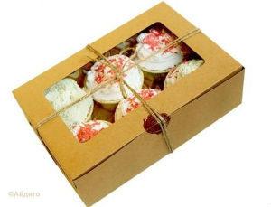 красивая коробка для торта или вкусных кексов